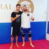 Nenad Pagonis mit dem Inhaber vom Kings Muay Thai