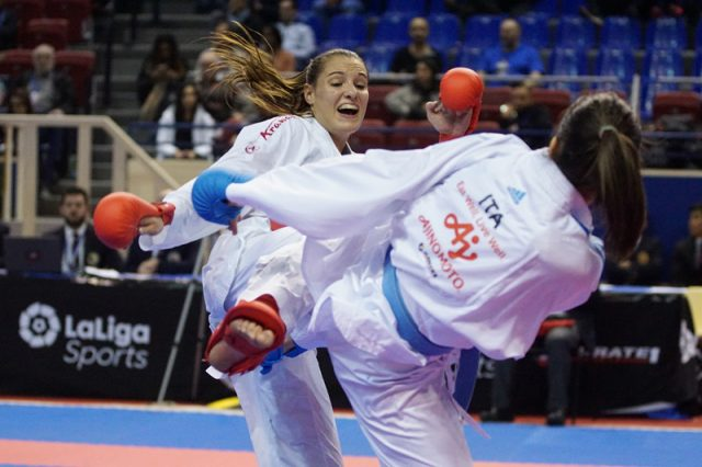Alisa Buchinger | Karate | Premier League-Auftakt | Paris |