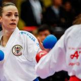 Karate Sportlerinnen beim Wettkampf