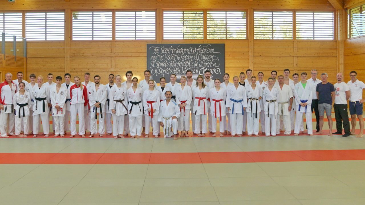 Karate-Team-Training-Wels-Budokan-KS1-Slider-1280x720.jpg